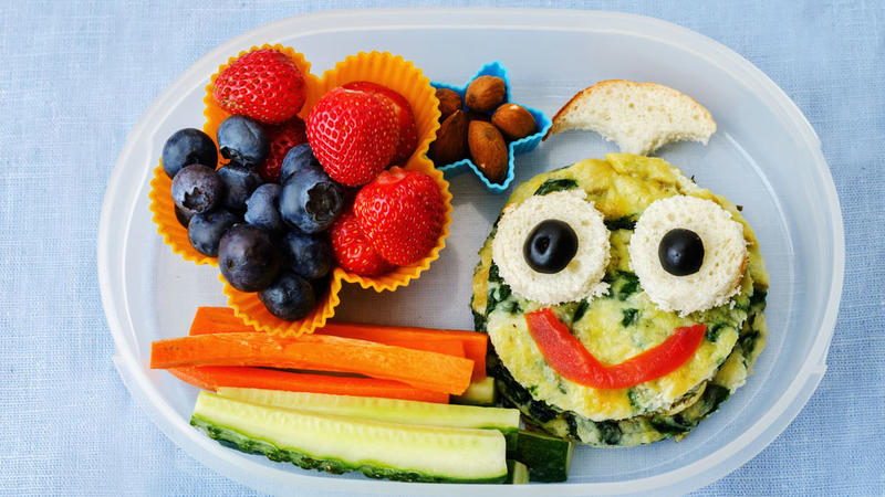 axn-school-lunches-around-the-world-1600x900